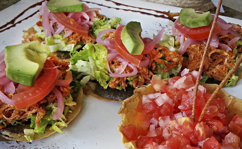 CHICKEN MAIZADA CORN TOSTADA